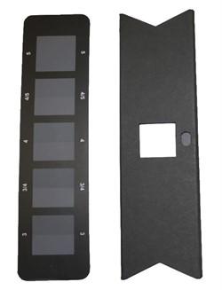 Серая шкала для оценки изменения окраски. Стандарт ИСО 105-A02-99/ Change in Colour (Includes Assessment Mask) - фото 8289
