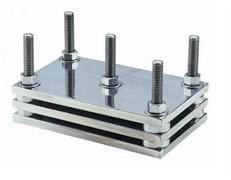 Устройство для испытаний усадки при сжатии резиновых материалов МТ 353