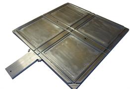 Четырехгнездная пресс-форма 150х150х2 для приготовления вулканизованных пластин для получения образцов в форме двусторонней лопатки МТ 112